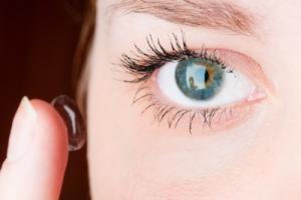 Comment mettre des lentilles de contact    CooperVision France f60da498f699