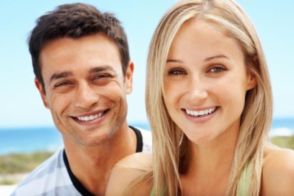 Conseils pour les porteurs de lentilles de contact en été